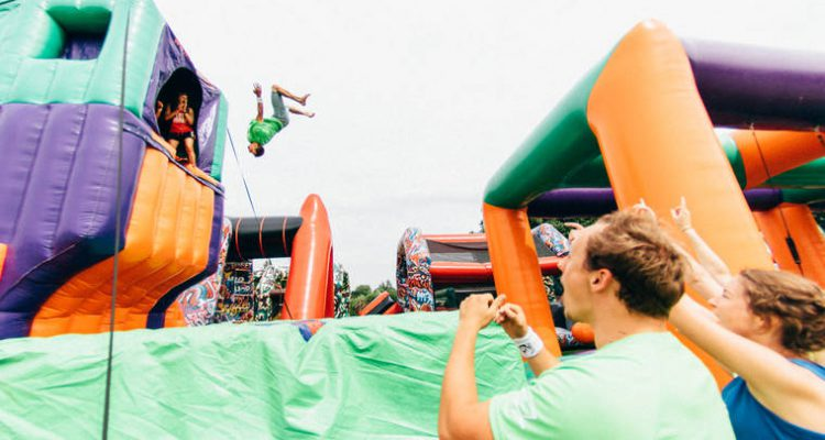 the-beast-world-largest-inflatable-playground-2
