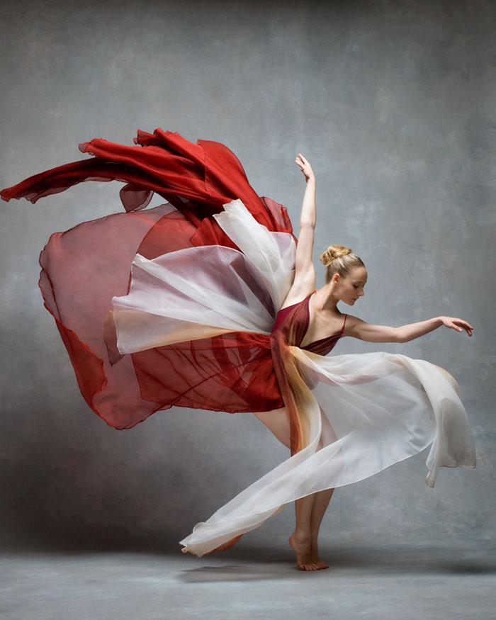 ballet-dancers-the-art-of-movement-nyc-dance-project-ken-browar-deborah-ory-46-57ee1136a1688__700