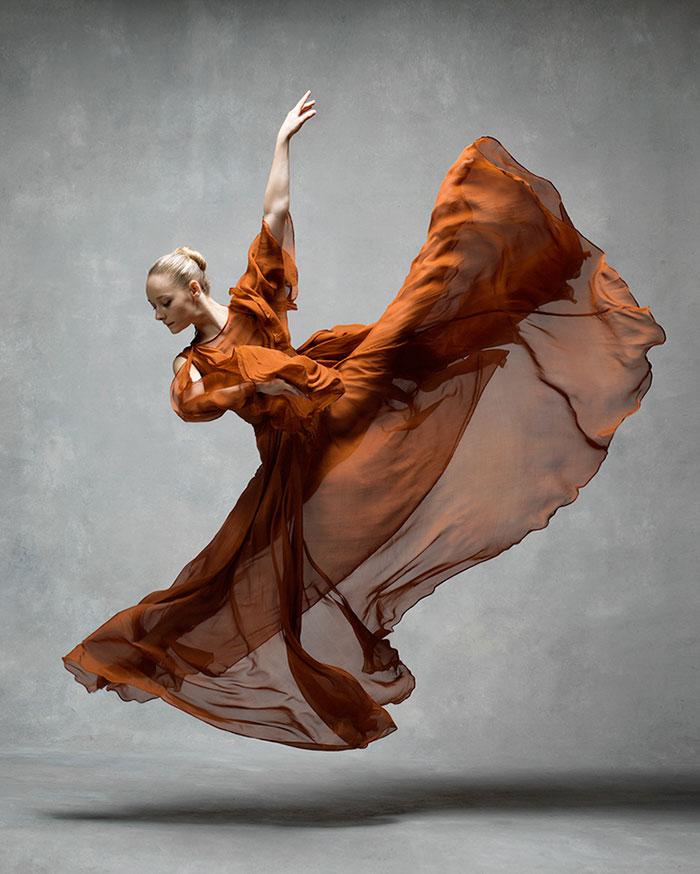 ballet-dancers-the-art-of-movement-nyc-dance-project-ken-browar-deborah-ory-47-57ee113994685__700