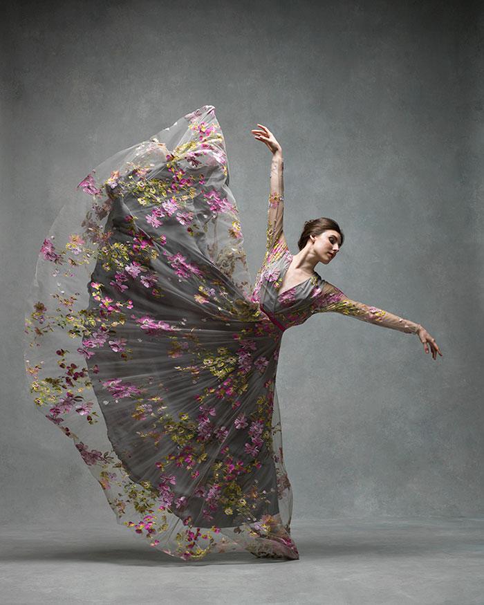 ballet-dancers-the-art-of-movement-nyc-dance-project-ken-browar-deborah-ory-72-57ee118ccf1a2__700