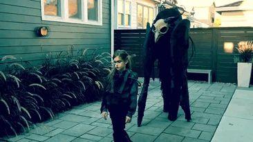 creative-halloween-costume-ideas-63-57f665db90d20__700