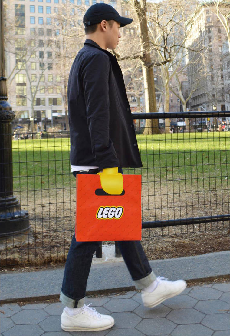 lego-bag-illusion-1