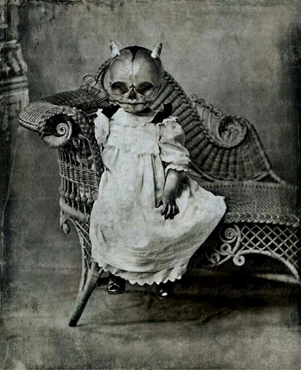 scary-vintage-halloween-costumes-creepy-5