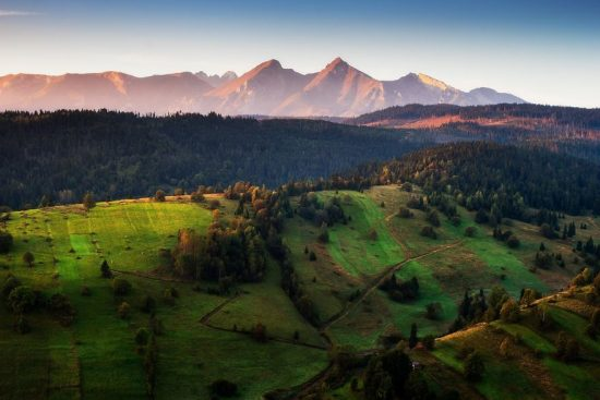 young-photographer-from-slovakia-captured-small-but-beautiful-mountains-near-his-home-5837e8a75f0f2__880