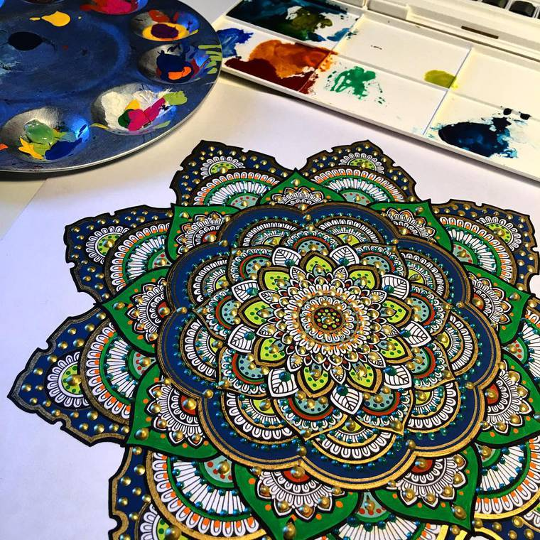 murder-and-rose-mandalas-20