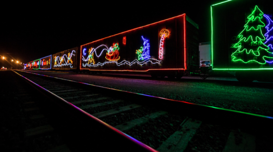 neil-zeller-photography-holiday-train-16