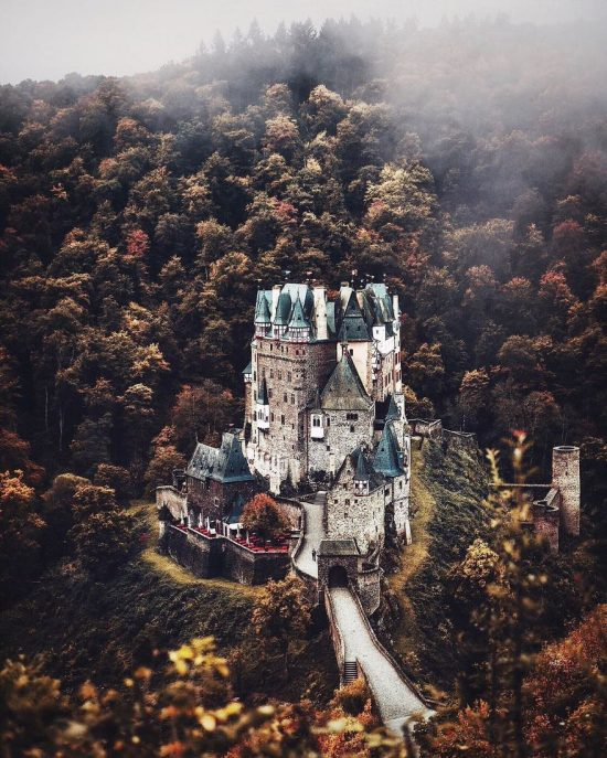my-landscape-animal-shots-will-make-you-want-to-drop-everything-and-travel-to-all-these-beautiful-places-586a180f7dcbe__880